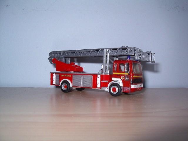 1/76 Volvo Metz TL L&B FRS