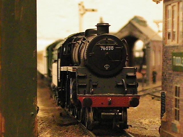 OO gauge- the 4mt
