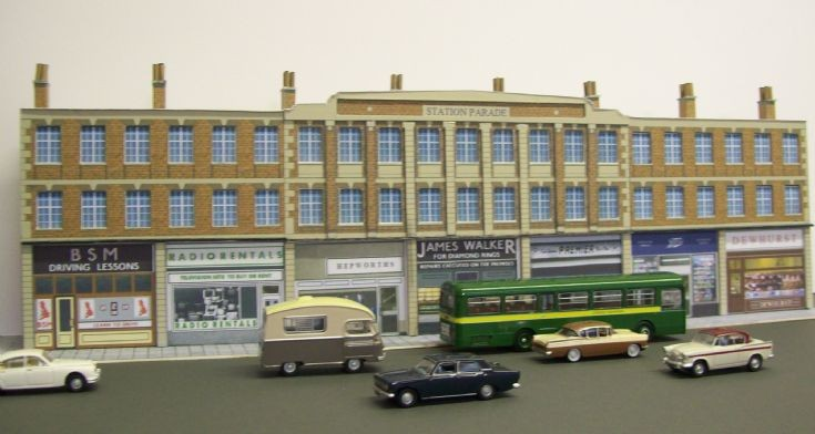 Romford (Station Parade) shops scene