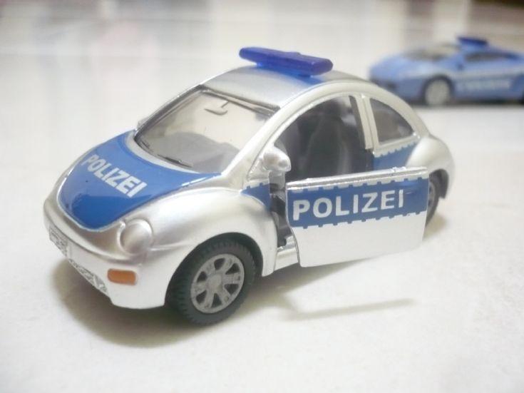 Siku Beetle Polizei