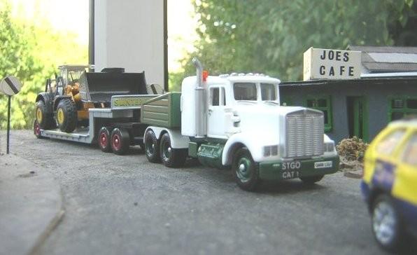 1/76 Peterbilt heavy hauler