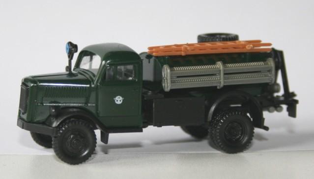 Roco 1/87 Opel Blitz TLF15 Feuerschutzpolizei
