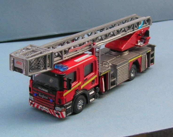 Lothian and Borders Fire  S62 ASG Scania