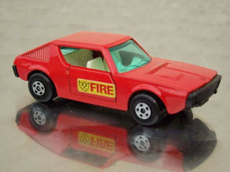 Matchbox Renault 17 Fire