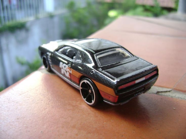 08 Dodge Challenger SRT8 (custom)
