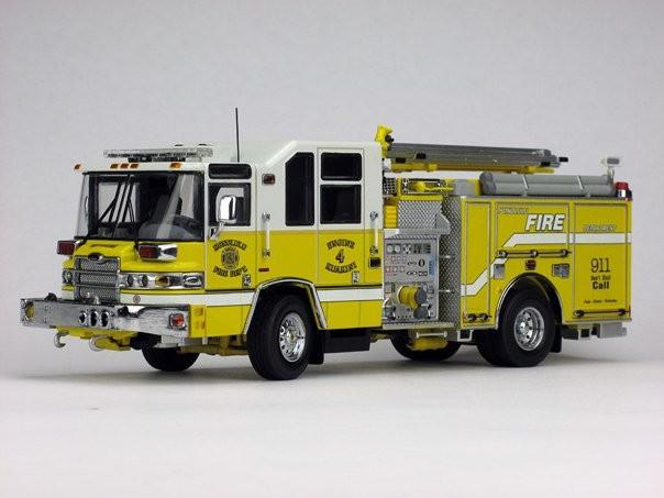 Pierce Quantum Honolulu #4 Fire Truck