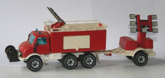 Siku 1/43 MB Unimog Foam unit