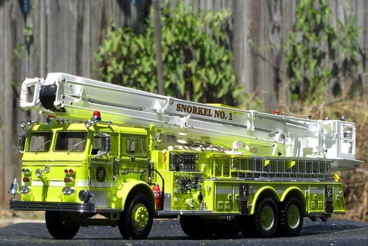 Pierce Snorkel Ladder Fire Truck