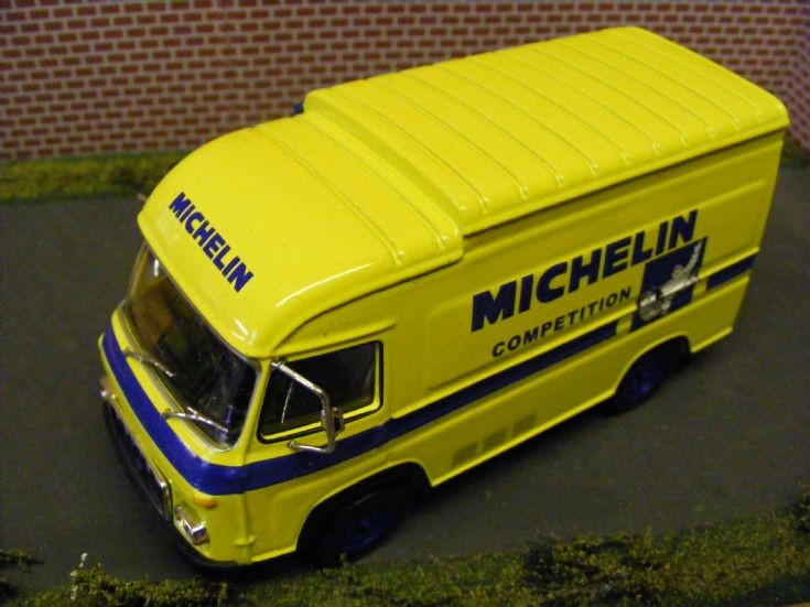 Saviem SG2 1500kgm Van - Michelin
