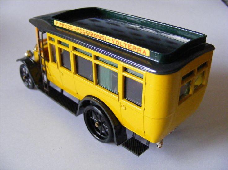 1915 Fiat Model 18BL Omnibus