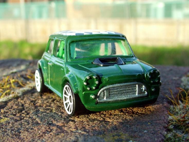 Met Green Classic Mini