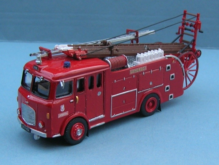 Dennis F28 Somerset Fire Brigade 21 FYD