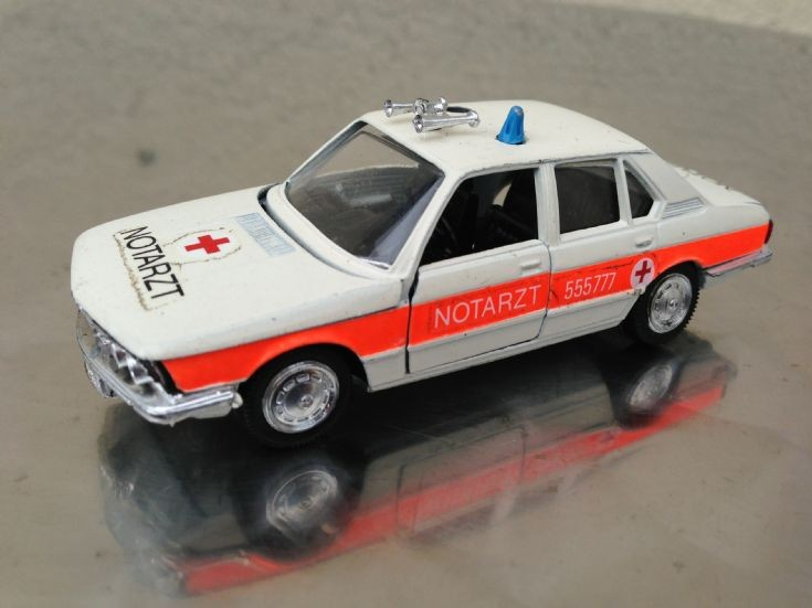 Schucho BMW 520 Notatztwagen