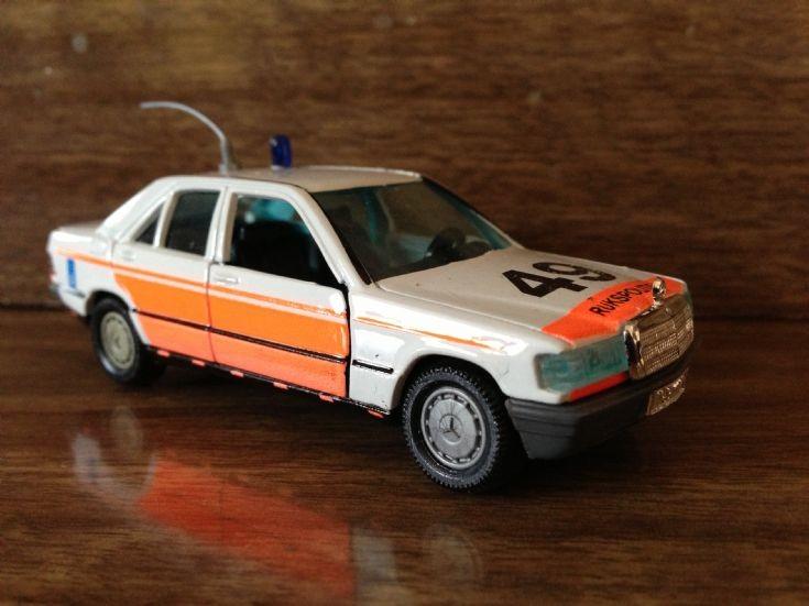 Rijkspolitie (Dutch Police) Mercedes 190.