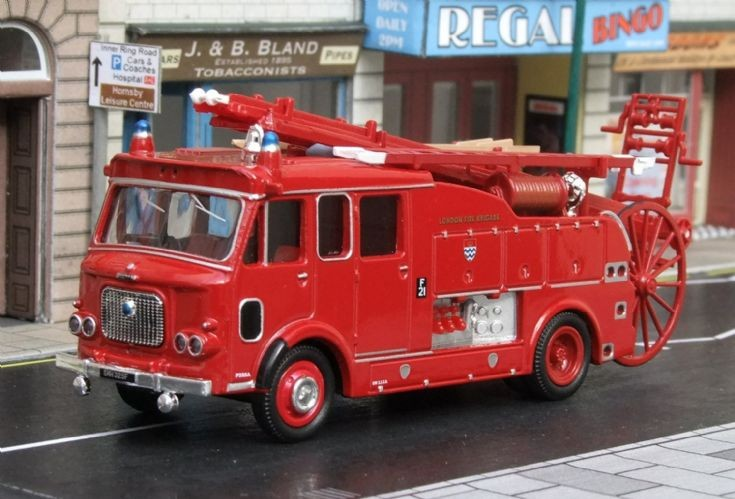 1/76th Scale Oxford Diecast Dennis 106 PE