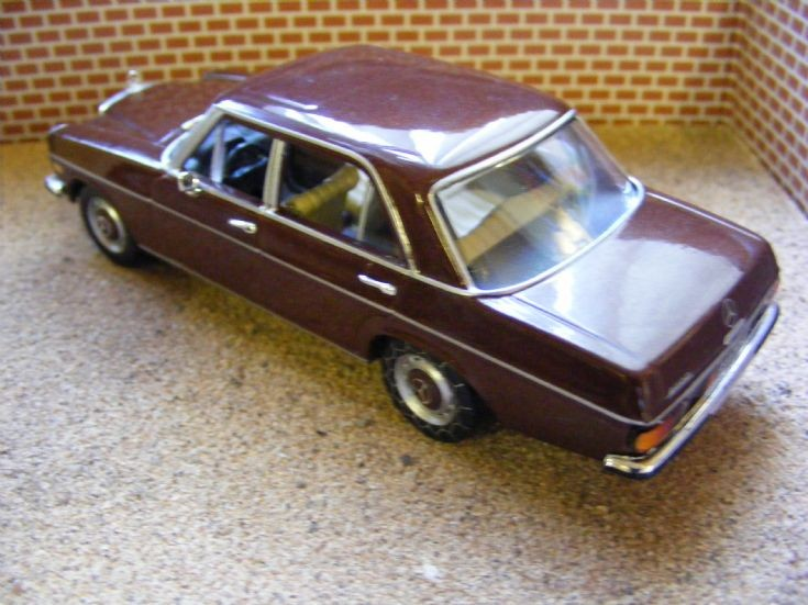1981 Mercedes Benz 200D Saloon