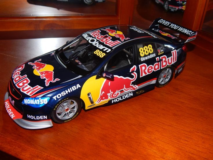 1:18 Scale Classic Carlectables #888 Red Bull Racing V8 Supercar.