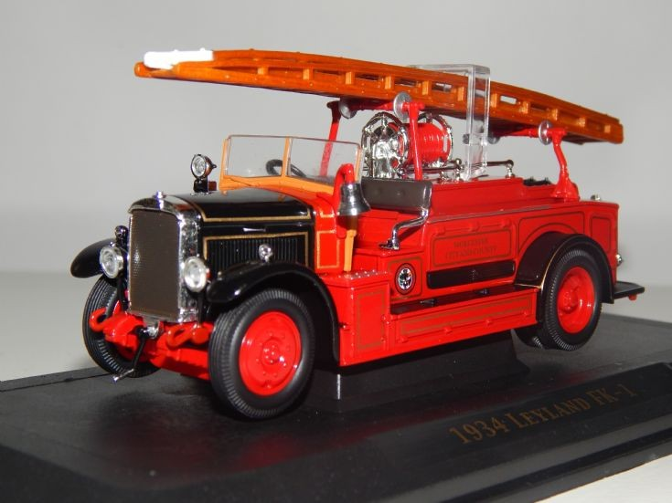 1:43 scale Yatming 1934 Leyland FK-1.