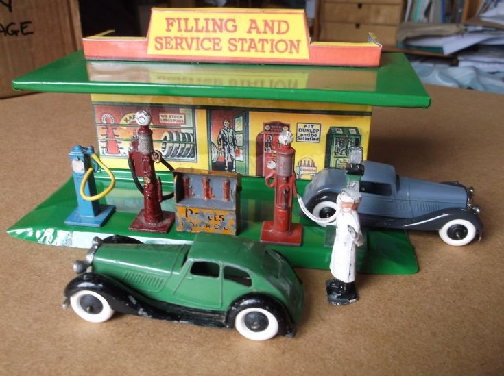 Dinky tinplate Filling Station