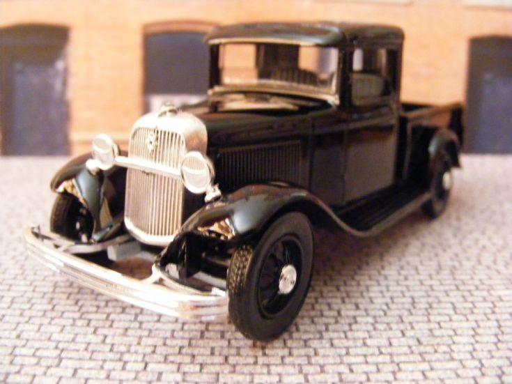 1932-34 Ford Model 'B' (Model 18) V8 Pickup