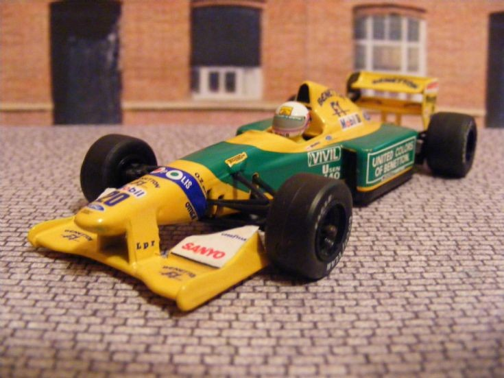 Transport Models  19862001 BenettonFord B192 Formula 1 Car