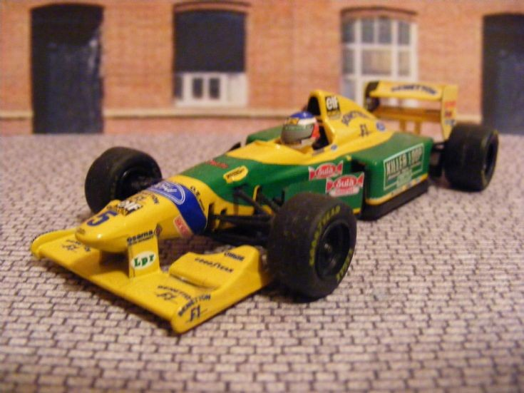 Transport Models  19862001 BenettonFord B193 Formula 1 Car