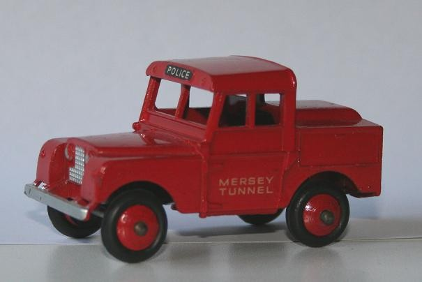 Dinky Toys 1/43 Landrover Mersey Tunnel
