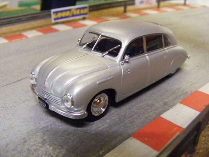 1946-52 Tatra 600 Tratrplan