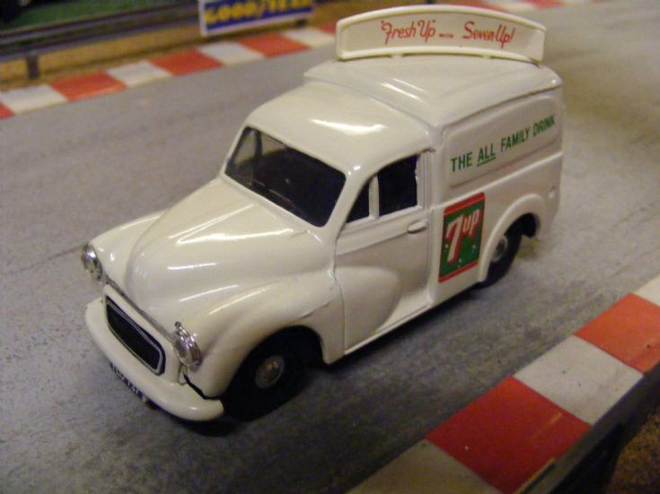 Corgi Classics Morris Minor Van