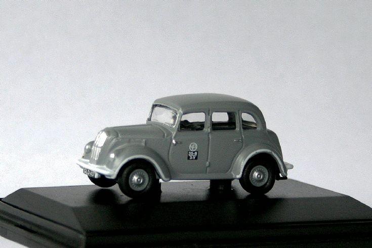 Oxford 1/76 Morris Eight NFS