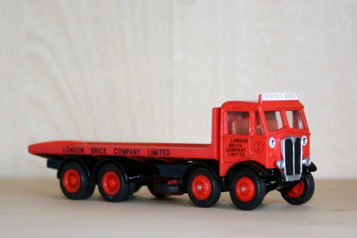 EFE 1/76 AEC Mammouth Major