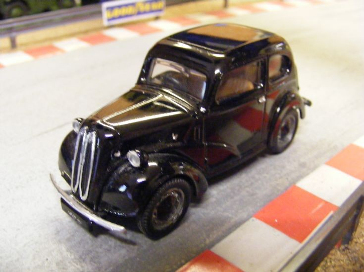Corgi Classics Ford Popular D701
