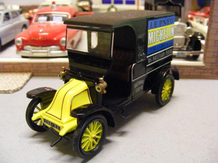 1910-12 Renault Type CB Fourgonnette