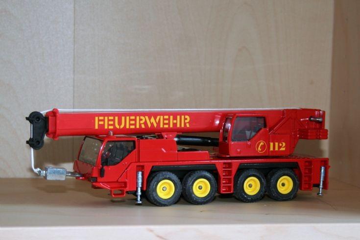 Siku 1/55 Liebherr LTM1060/2