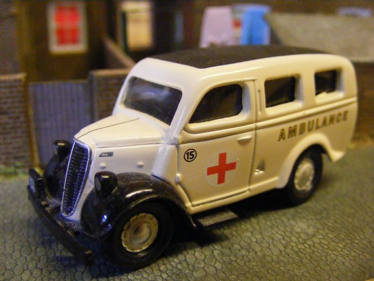 Ford E83W Ambulance
