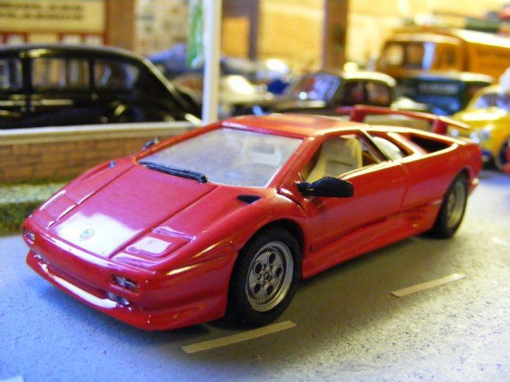 Universal Hobbies - Lamborghini