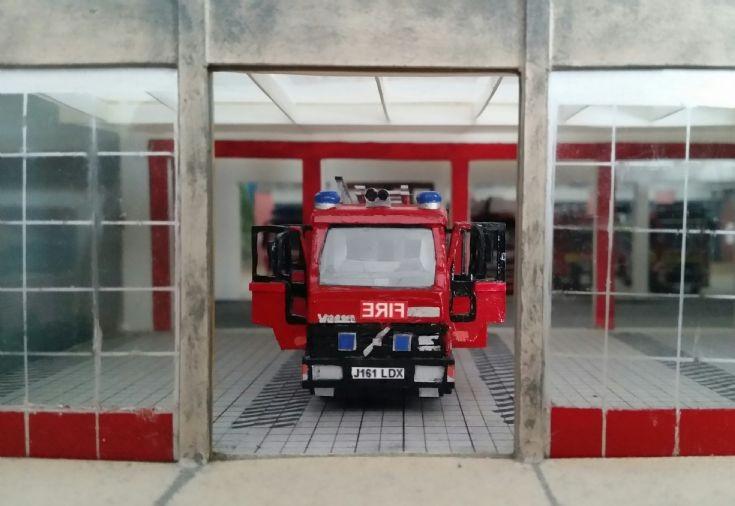 Suffolk Fire Service Volvo FL6 Water tender ladder