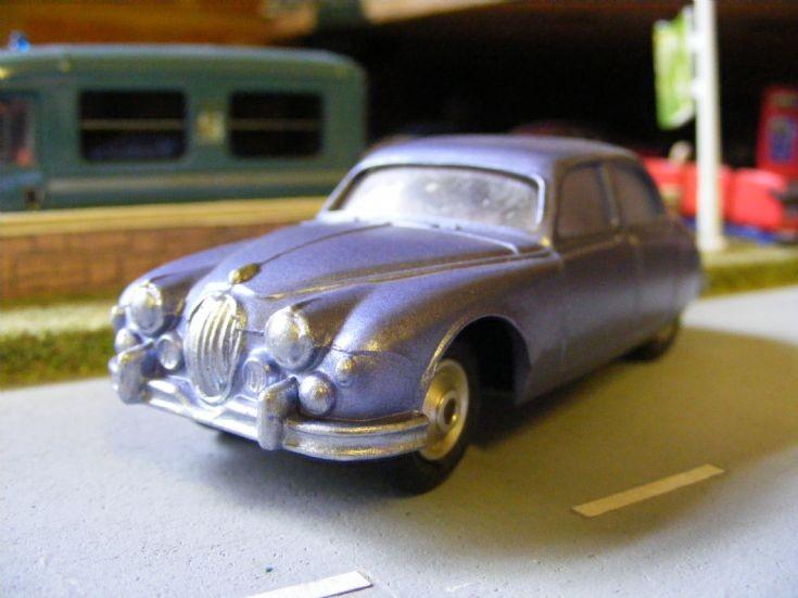 Corgi Toys - Jaguar