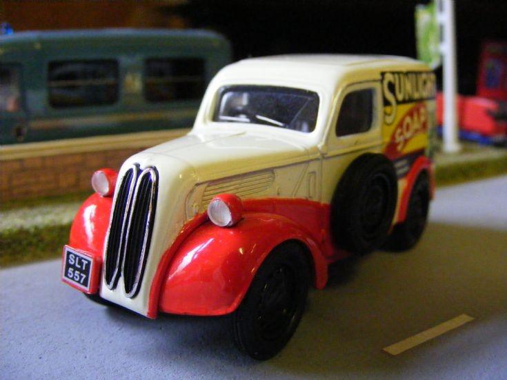Corgi Classics- Ford