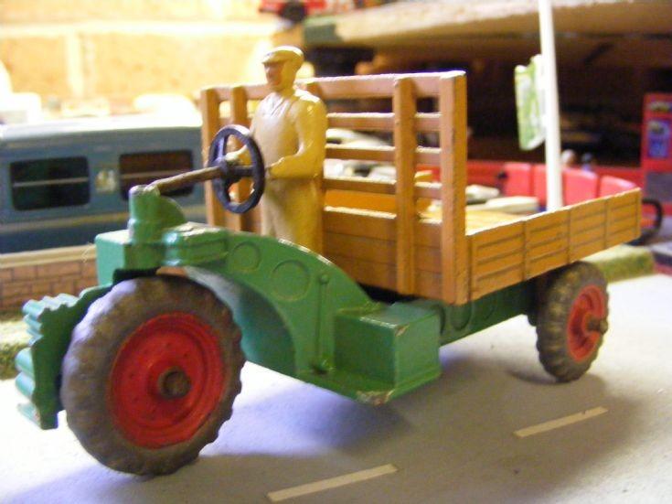 Dinky Toys - Opperman