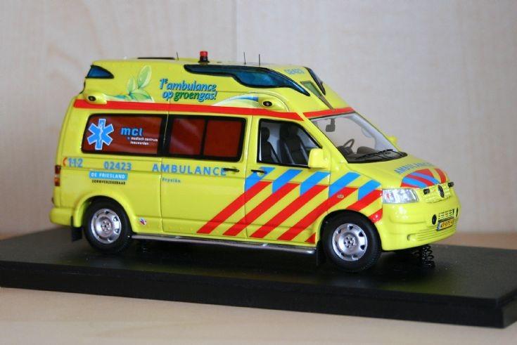 NEO 1/43 Volkswagen Transporter T5