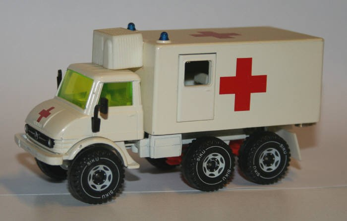 Siku 1/55 Mercedes-Benz Unimog U416 Ambulance