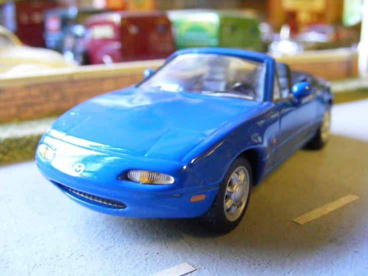 Del Prado - Mazda