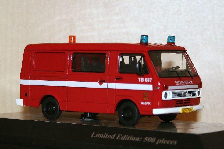 Premium Classixxs 1/43 Volkswagen LT28