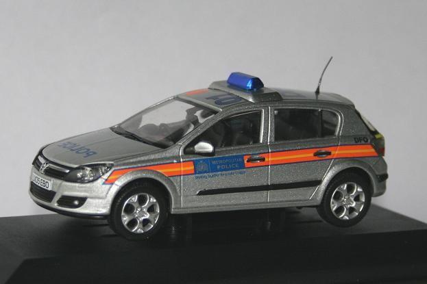 Vanguards 1/43 Vauxhall Astra  MET