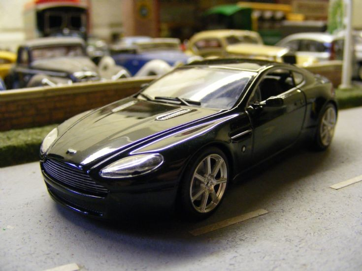 Minichamps - Aston Martin