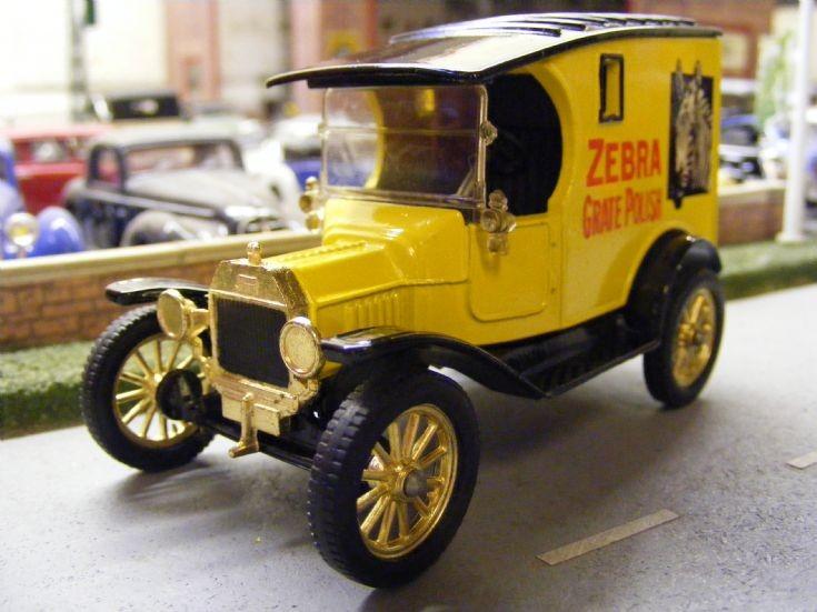 Corgi Classics - Ford