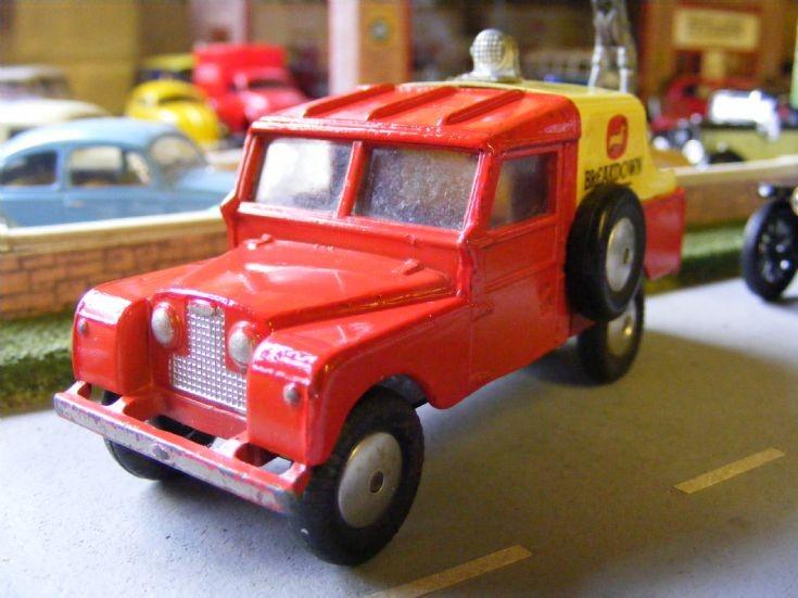 Corgi Toys - Land Rover