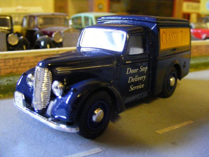 Matchbox/Dinky - Commer