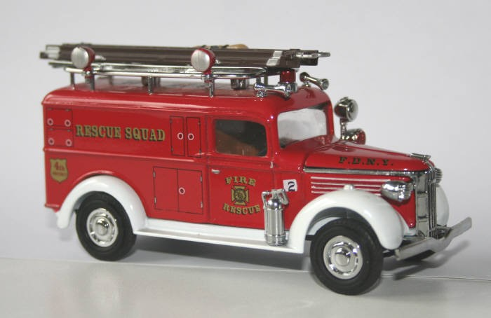 Matchbox 1/48 GMC rescue squad
